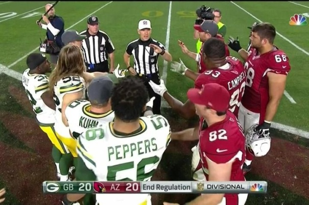 the-ref-in-packerscardinals-had-to-redo-the-ot-coin-toss-after-it-didnt-flip-on-