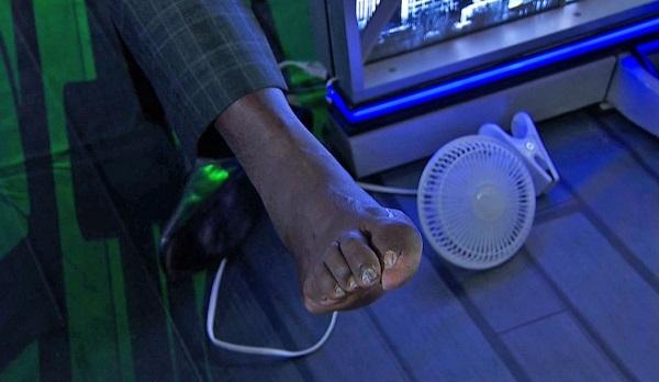 shaq-foot-toes