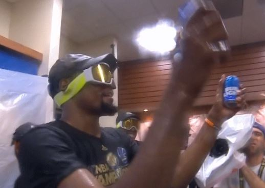 Kevin-Durant-beer-nba-finals